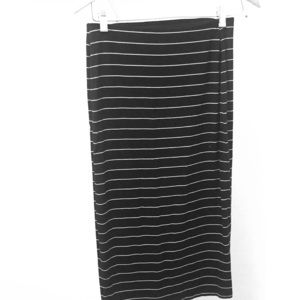Old Navy stripped skirt